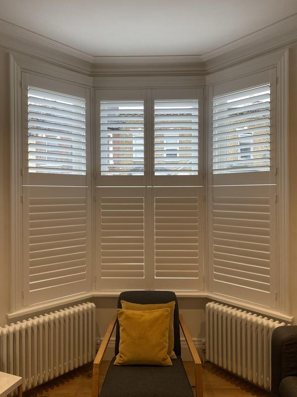Image 18 - Fitting blinds shutters