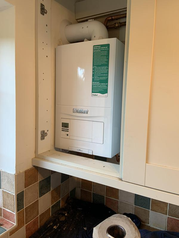 Image 17 - A nice new Vaillant Ecofit pure 430 in place for Christmas