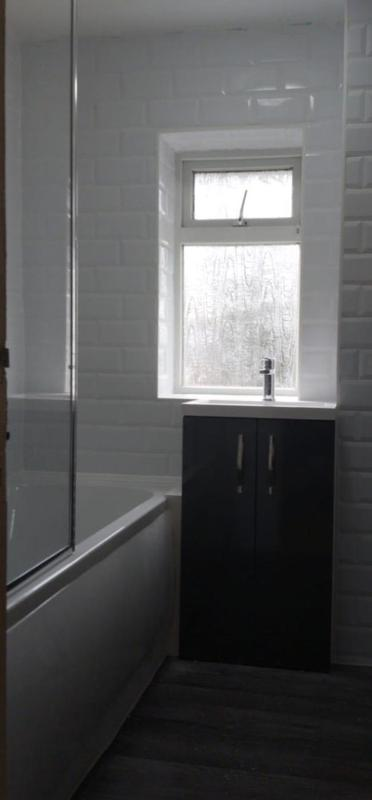 Image 9 - New bathroom in Hemel Hempstead. Lovely new family bathroom clean and fresh.