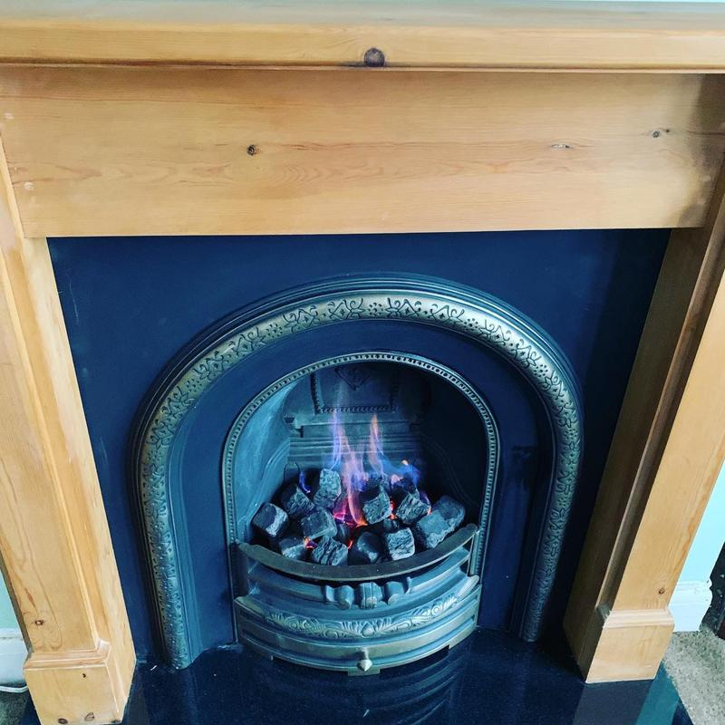 Image 5 - gas fire and surround installed oct 21