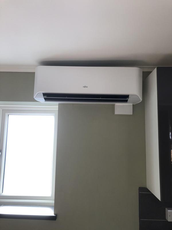 Image 9 - Bungalow Fujitsu indoor unit LMCE model