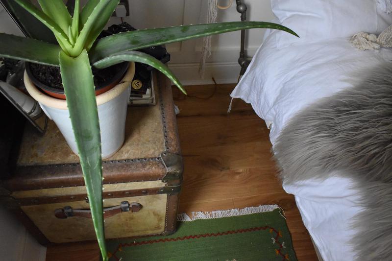Image 4 - Natural oak in a bedroom