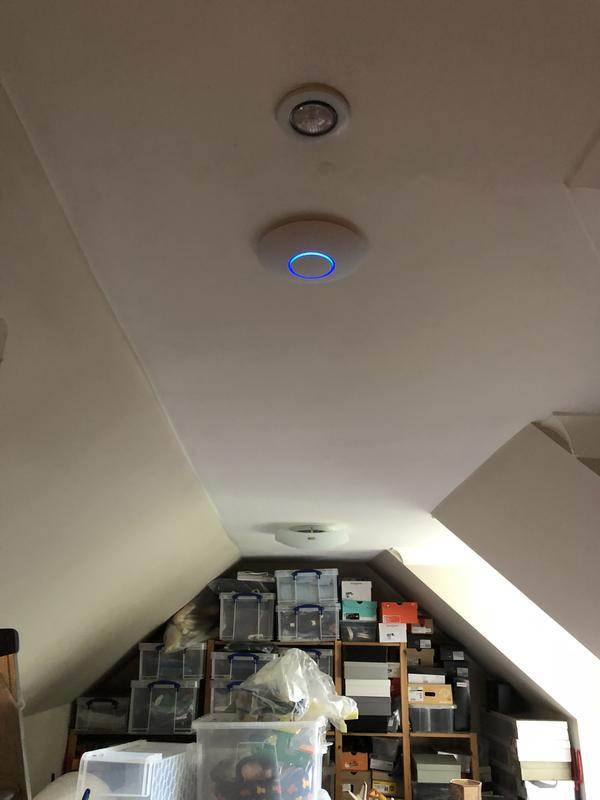 Image 17 - Unify WiFi access point