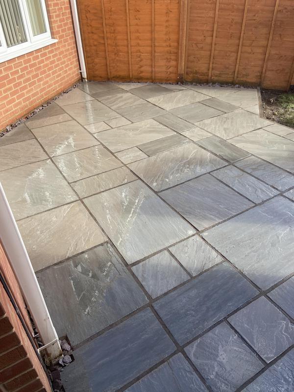 Image 1 - New patio nuneaton indian sandstone grey 2021