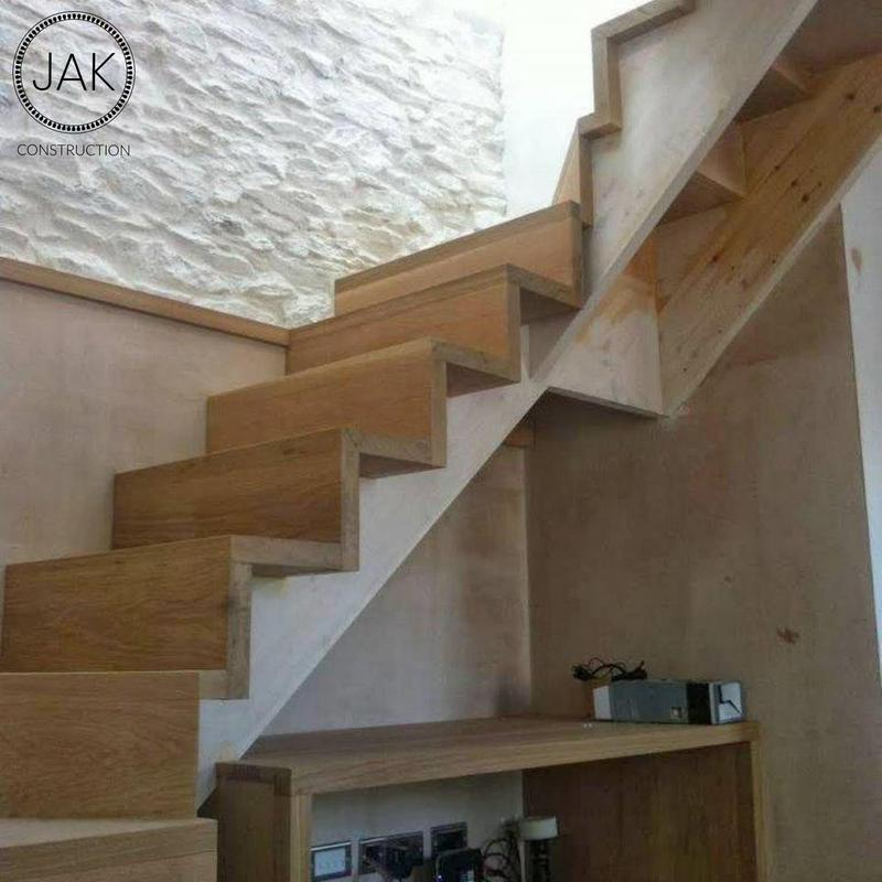 Image 20 - Staircase