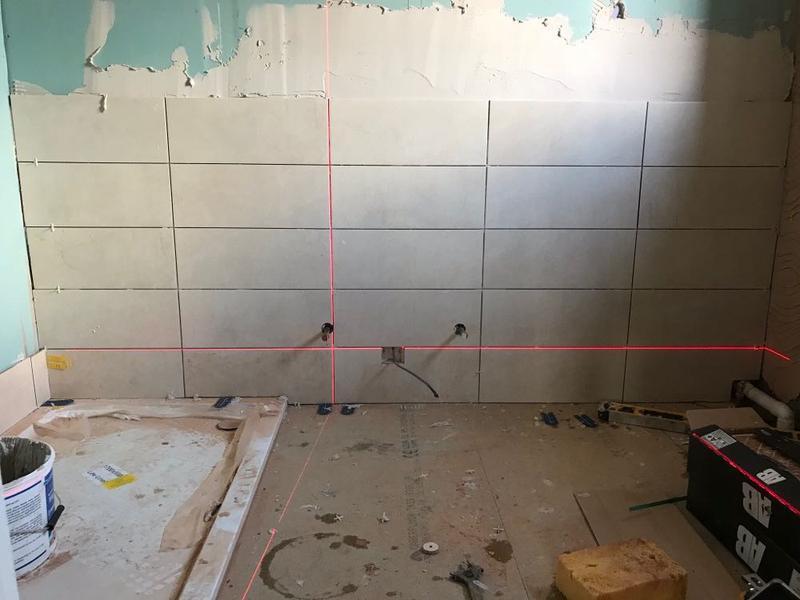 Image 58 - laser level perfect tiling