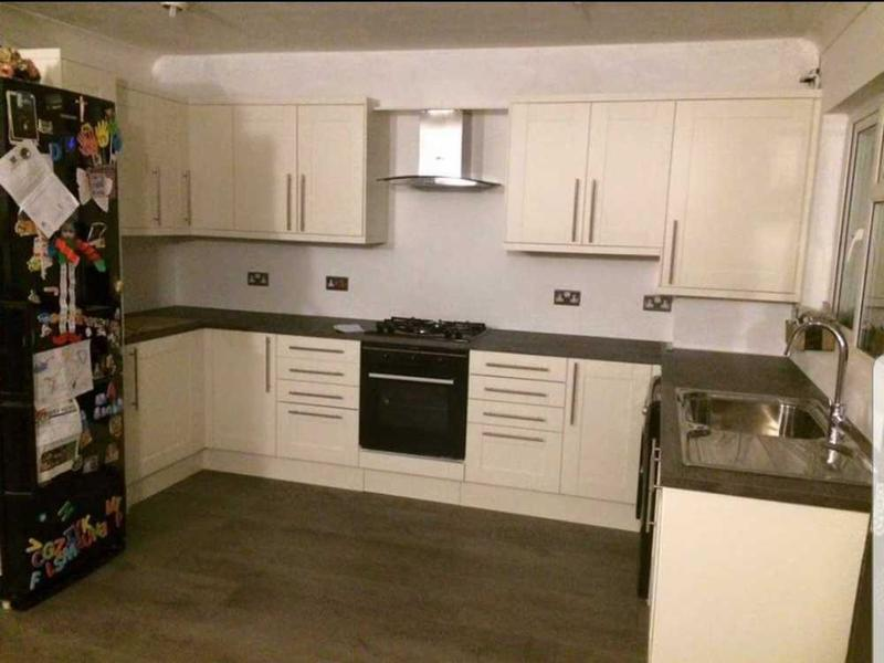 Image 14 - kitchen complete ( carshalton )
