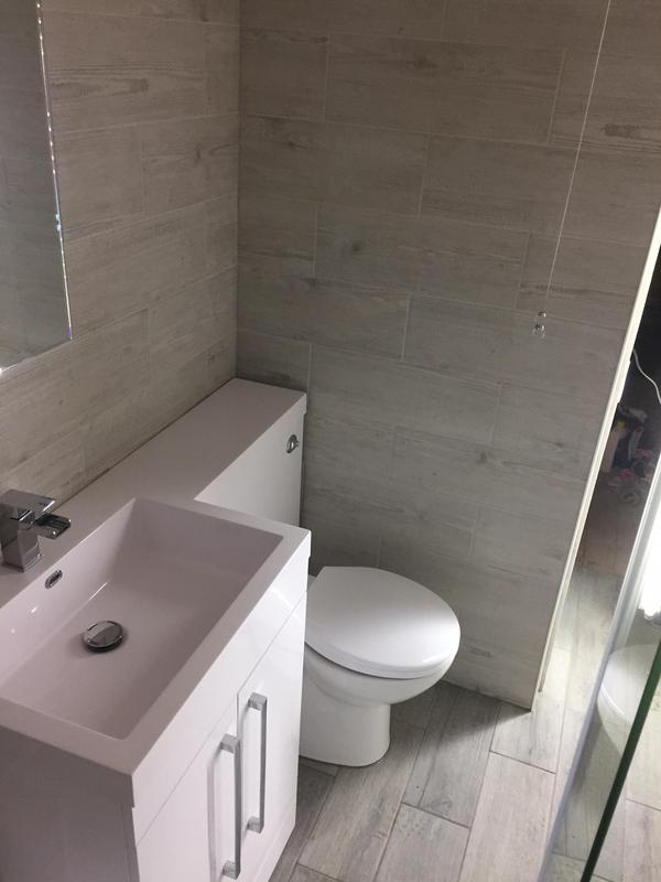 Image 12 - Full bathroom re-fit out.