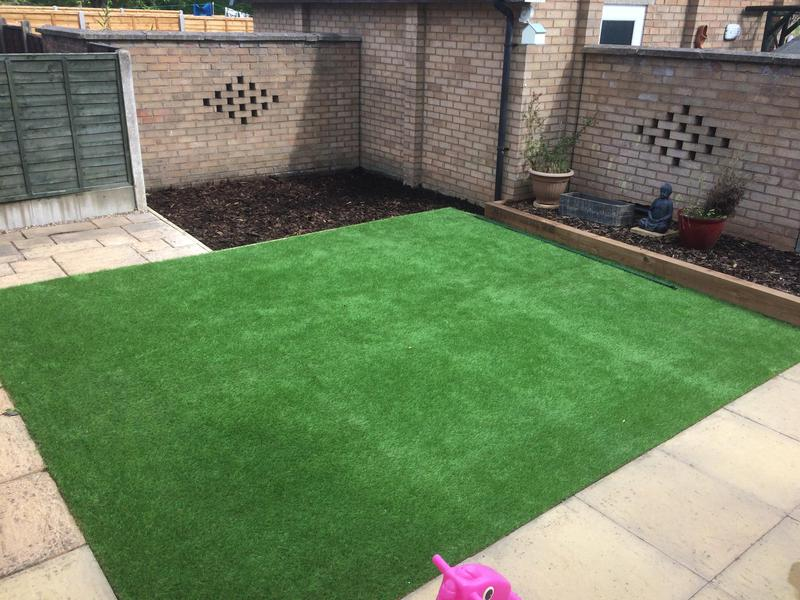 Image 32 - Astro turf and bark play area sleeper bed bedworth 2019