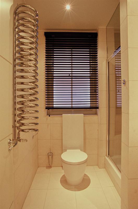 Image 18 - Shower room