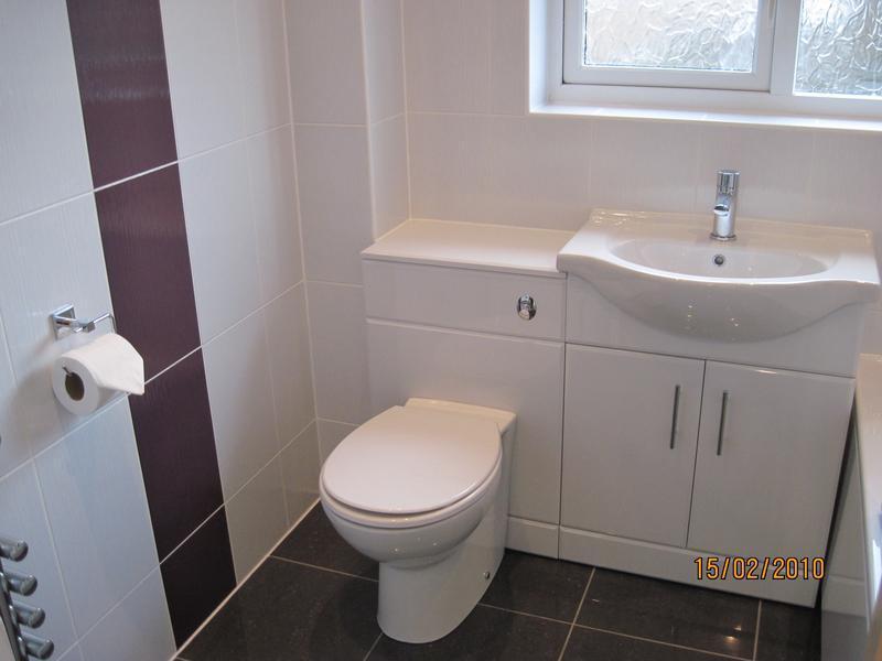 Image 34 - Small bathroom