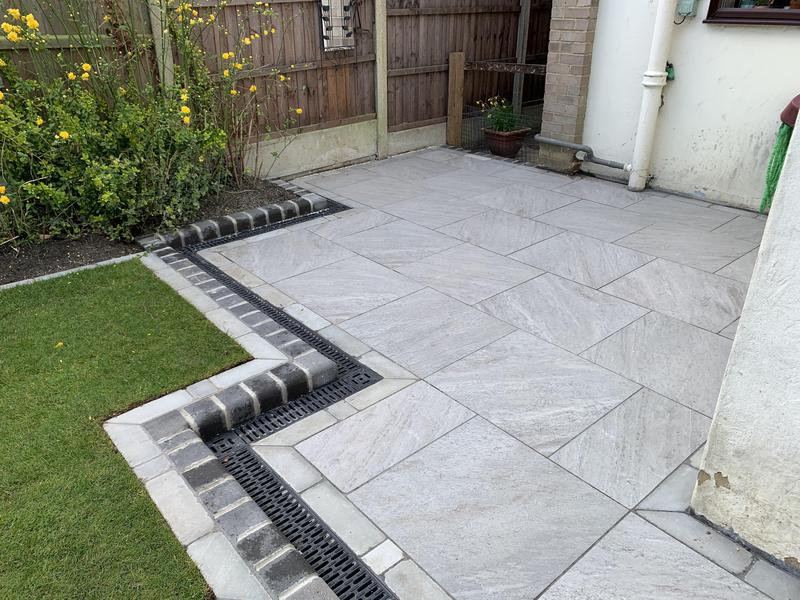 Image 26 - Luna Porcelain patio with Rowan lawn