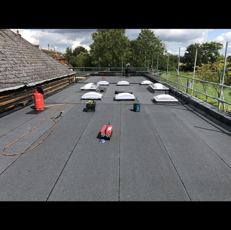 Image 7 - Beautiful flat roof on the school in Bicester