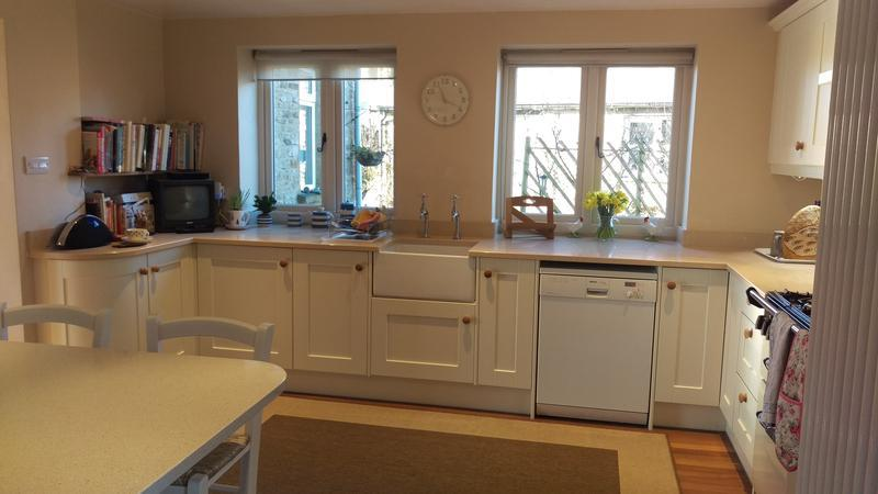 Image 3 - Crown Imperial Newhaven kitchen installed in Farthinghoe.