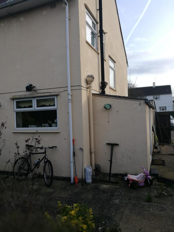 Image 9 - Solid wall 3 bed semi