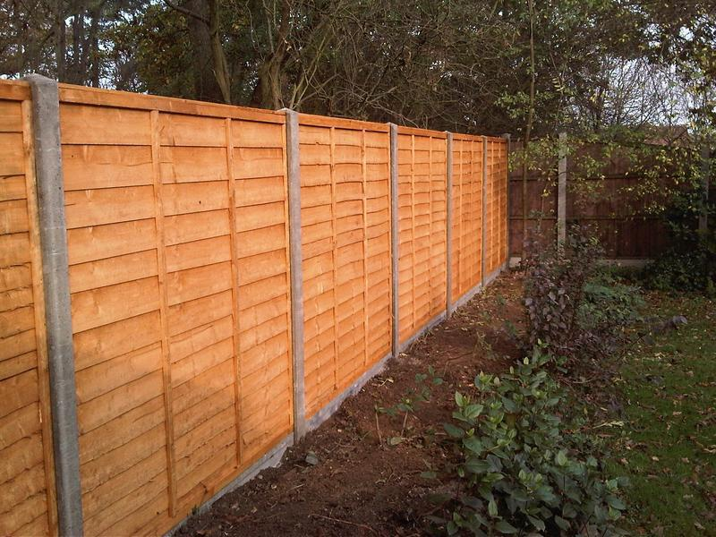 Image 24 - Concrete Fence Posts and Gravel Boards with Panels