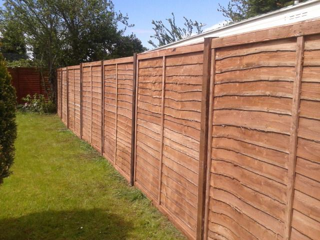 Image 12 - Panel fencing