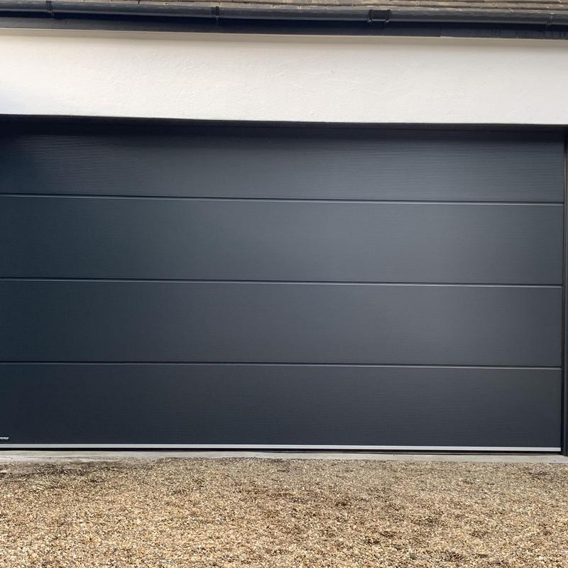 Image 14 - Carteck sectional finished in anthracite