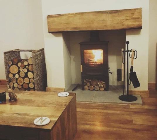 Image 3 - Charnwood C4 multifuel stove 5kw