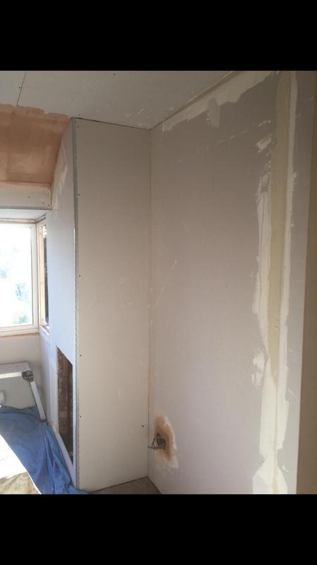 Image 70 - Bedroom board and skim