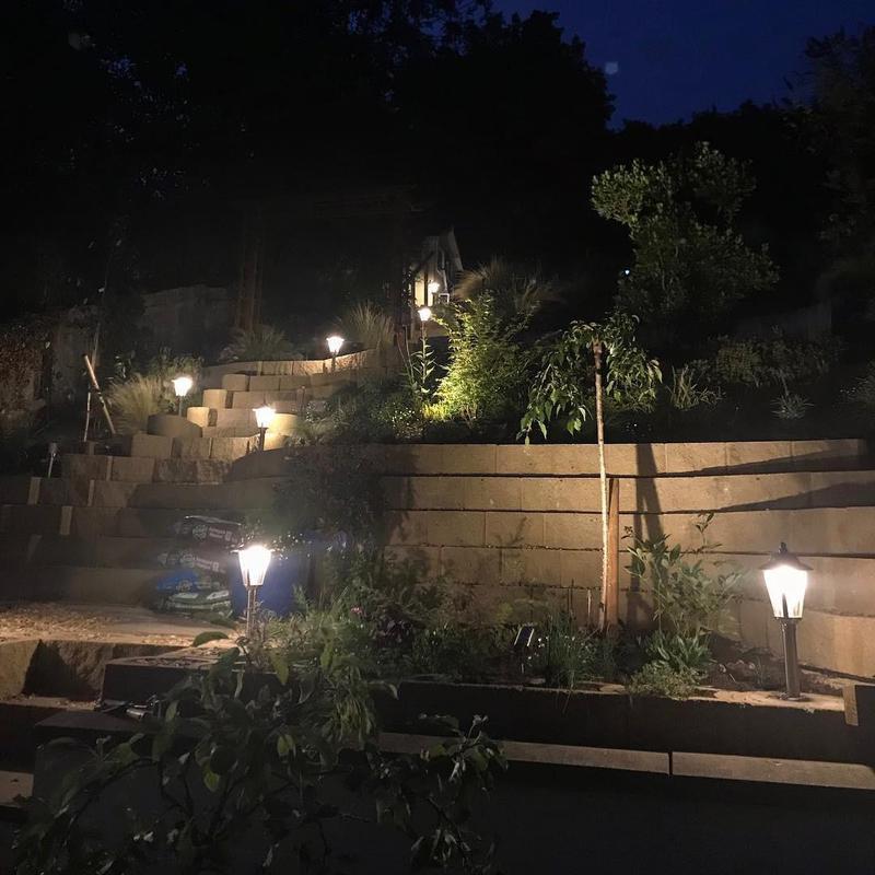 Image 19 - Garden lighting