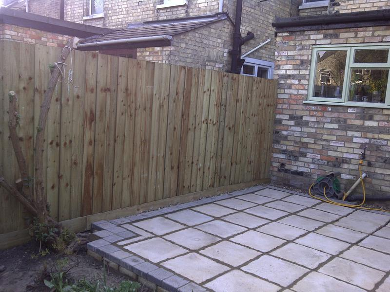 Image 23 - New featheredge fencing and patio
