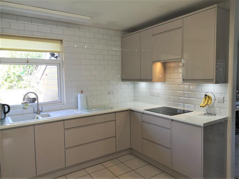 Image 1 - Cashmere J Profile Door. Franke sink and tap.