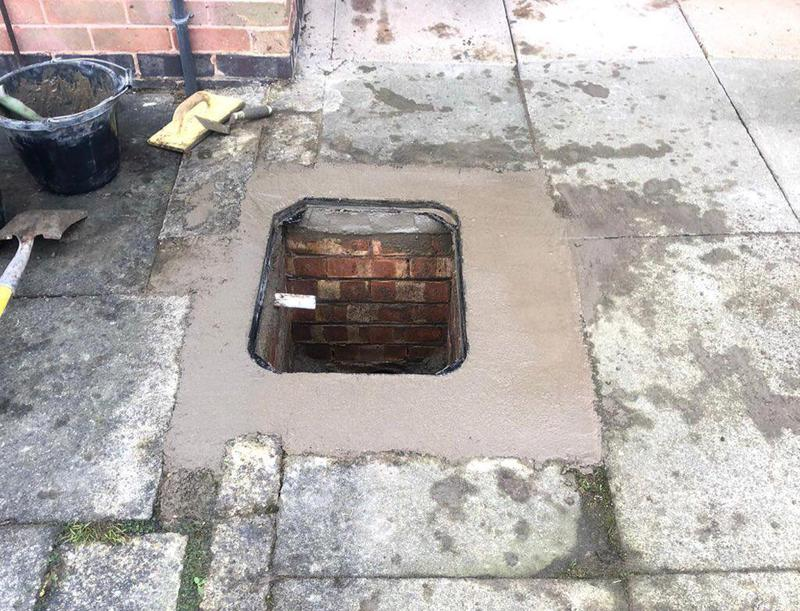 Image 7 - Manhole cover installation: 3