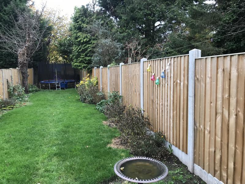 Image 66 - Featheredge fence