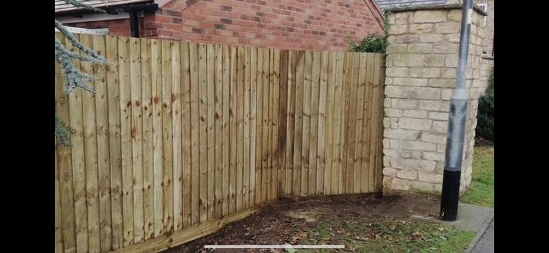 Image 11 - Feather edge fencing.