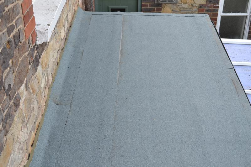 Image 2 - New flat roof in a 3-later high performance felt system