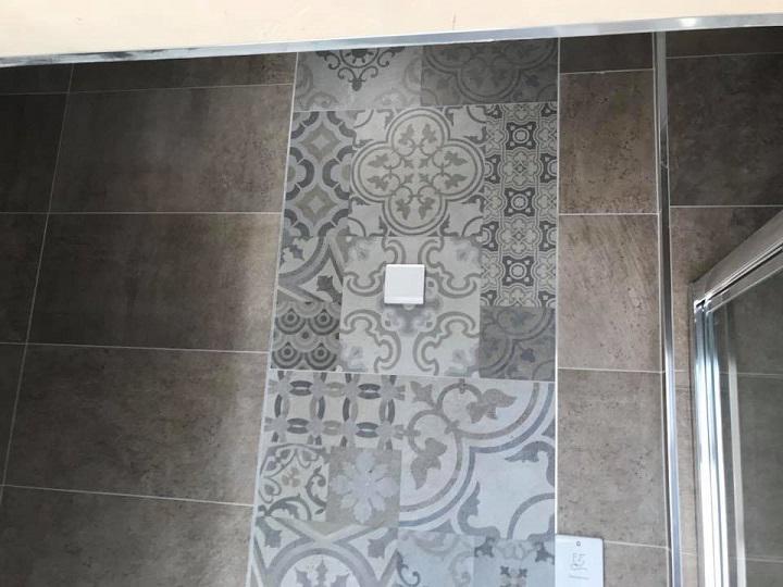 Image 45 - Tiling