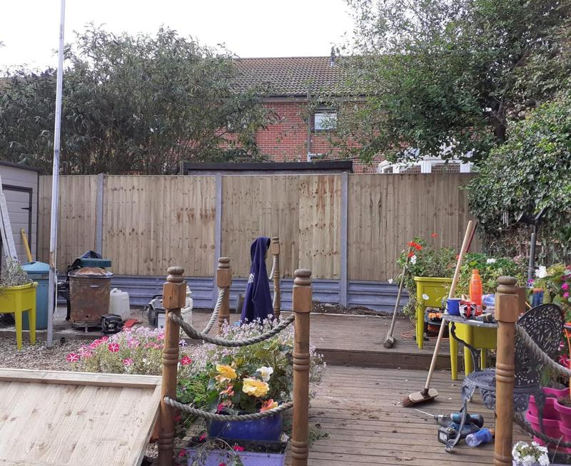 Image 17 - Closeboard fencing on concrete posts and concrete gravel boards