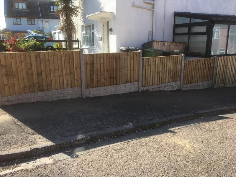 Image 133 - Closeboard fencing  panels on rock faced  gravel boards