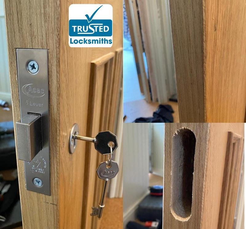 Image 7 - 5 Lever British Standard Mortice Deadlock Fitted from New