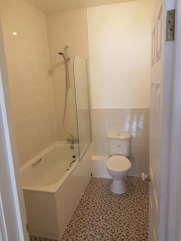 Image 8 - SURREY QUAYS - BATHROOM REFURBISHED