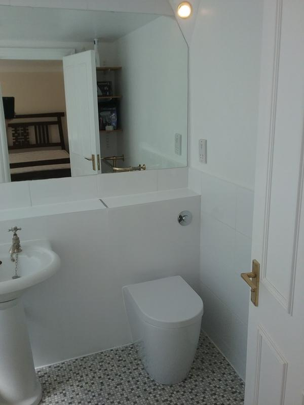 Image 50 - WIMBLEDON - BATHROOM REFURBISHED