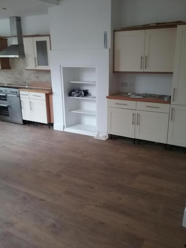 Image 15 - KITCHEN - ENGINEERED OAK FLOOR INSTALLATION
