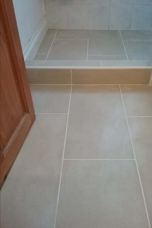 Image 4 - BROCKLEY - TILED FLOORING
