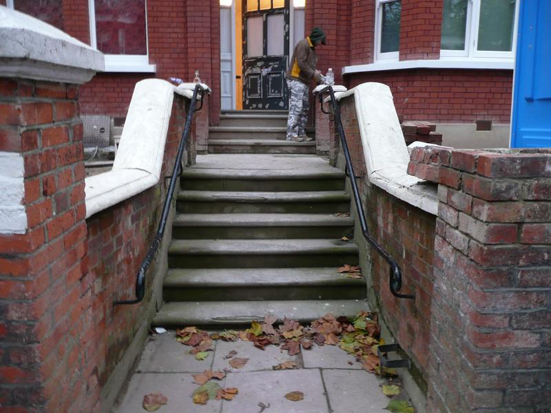 Image 13 - Hampstead - steps before