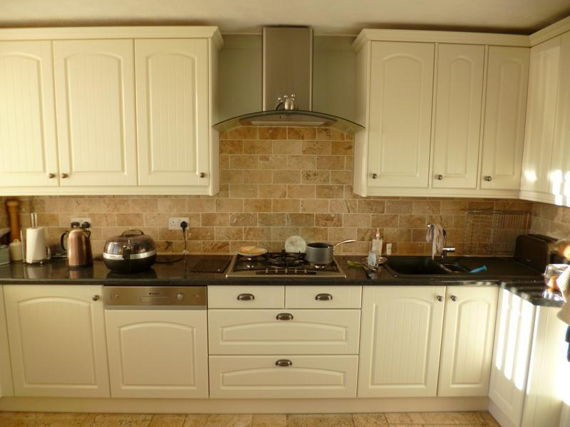 Image 19 - A lovely traditional kitchen, installed in Kidlington.