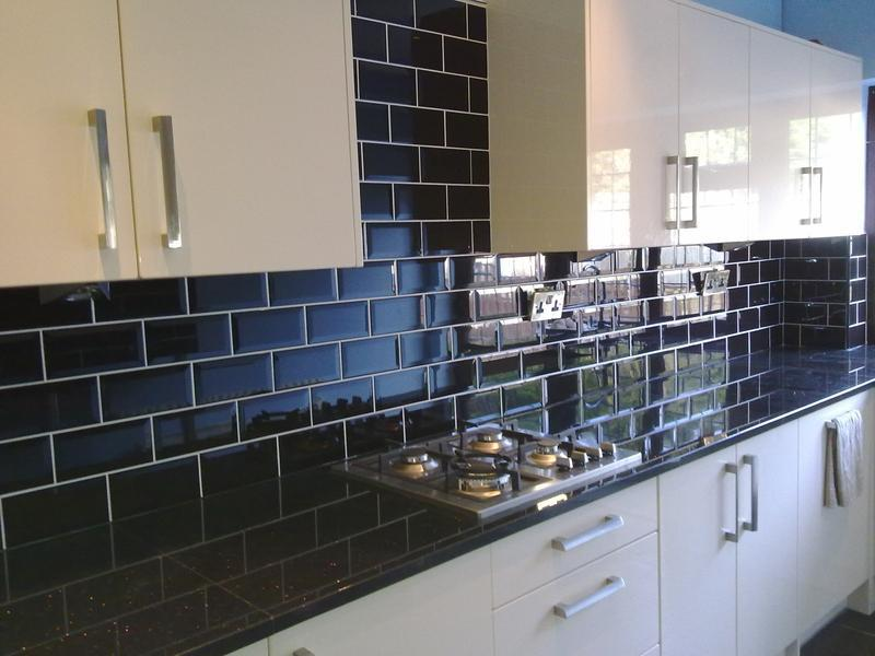 Image 33 - Ceramic kitchen walls