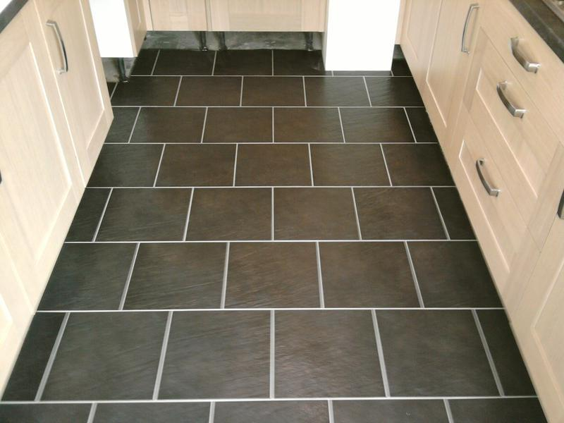 Image 9 - Ceramic floor brickbond