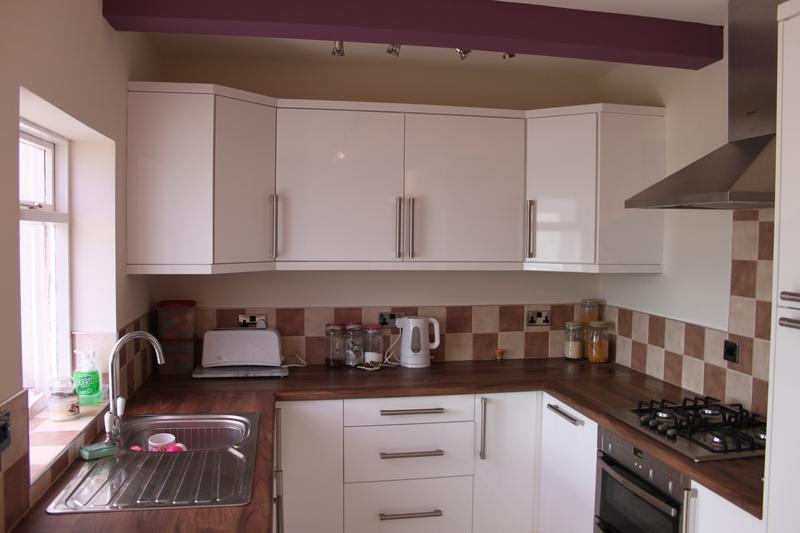 Image 14 - new kitchen for donna&steve fell