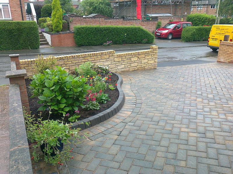 Image 33 - front stone effect wall&block paved drive for mr&mrs toon appleby magna