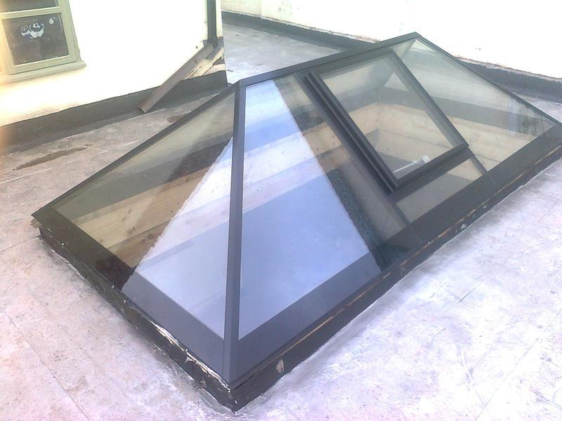 Image 32 - 3 metre by 1.5 metre atrium roof light comes in one insulated sealed unit