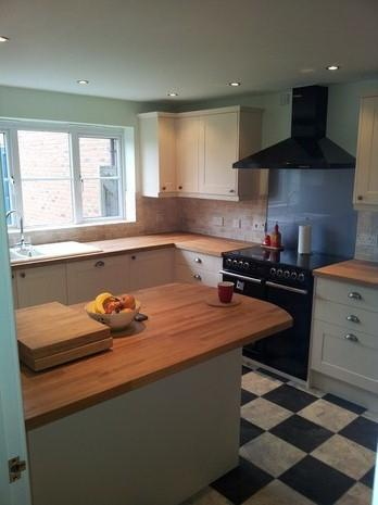 Image 15 - supply and fit a howdens cream shaker kitchen with solid oak worktops
