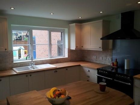Image 18 - howdens kitchen with a belfast sink cut out in to oak worktop