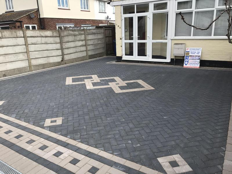 Image 4 - Front driveway in grays Essex