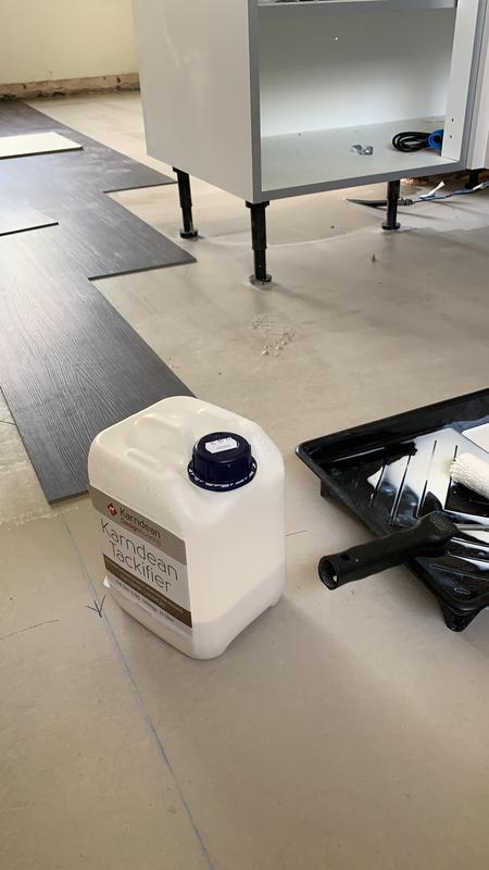Image 16 - A Howdens Kitchen installation. Vinyl Floor installation.